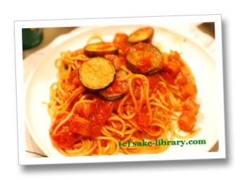 なすとチョリソのトマトパスタ